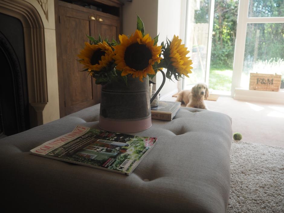 The-Little-Lash-Room-DIY-Fabric-Footstool